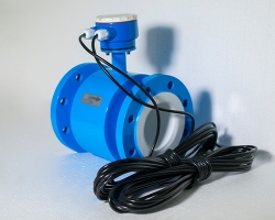 分体电磁流量计传感器